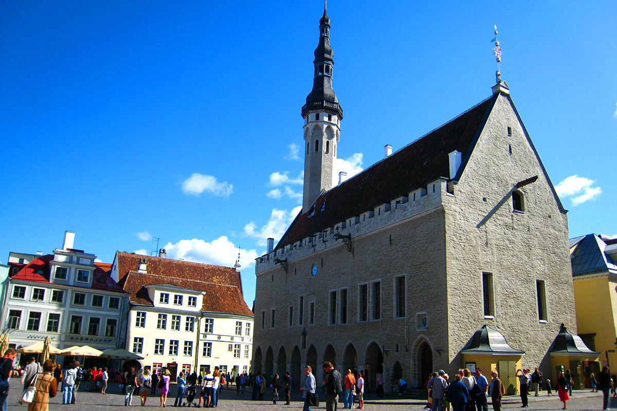 Tallinn Town Hall - Sightseeing - VisitTallinn